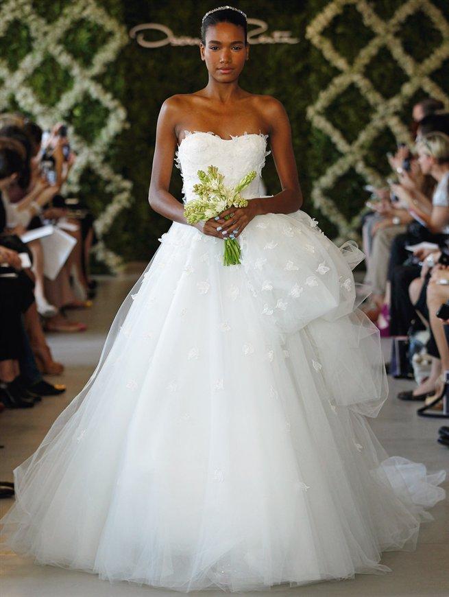 Oscar bridal look 17